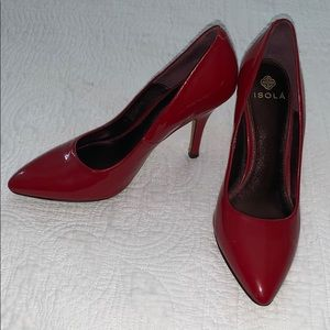 Patent leather red pumps